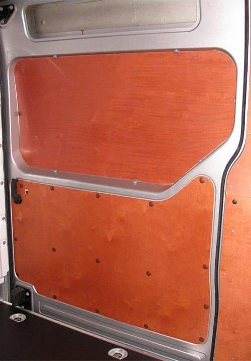 Обшивка фургона Renault Master L3H2: Боковая дверь