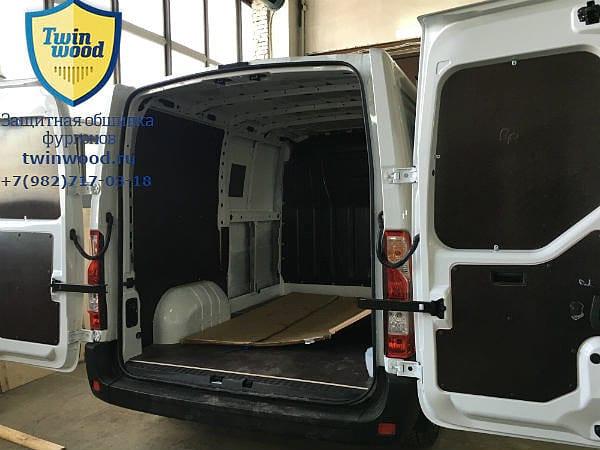 Обшивка стен, дверей и пола для Renault Master