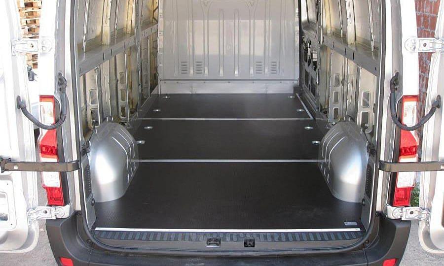 Обшивка фургона Renault Master L3H2: Подготовка к установке обшивки стен