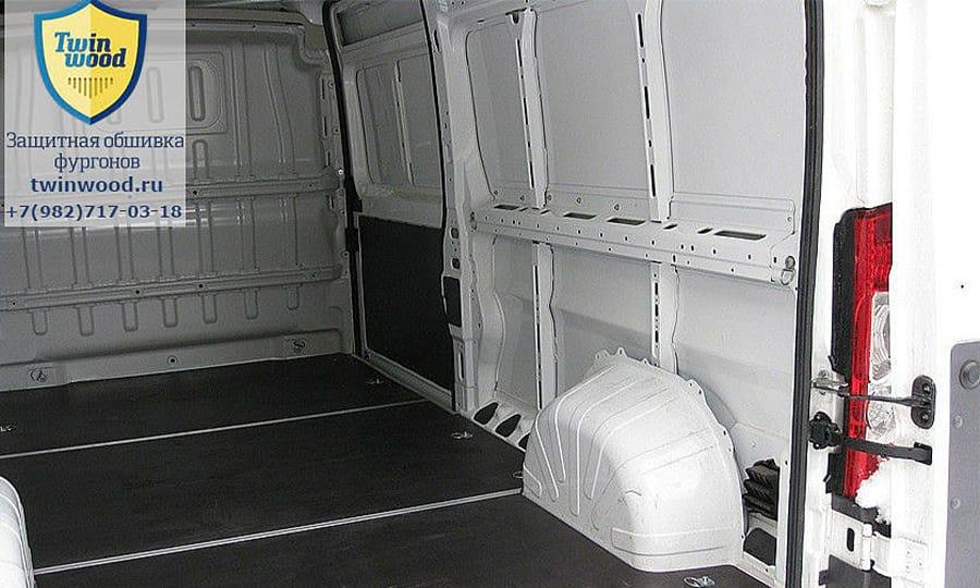 Обшивка фургона Citroen Jumper L3H3: Подготовка к установке обшивки стены