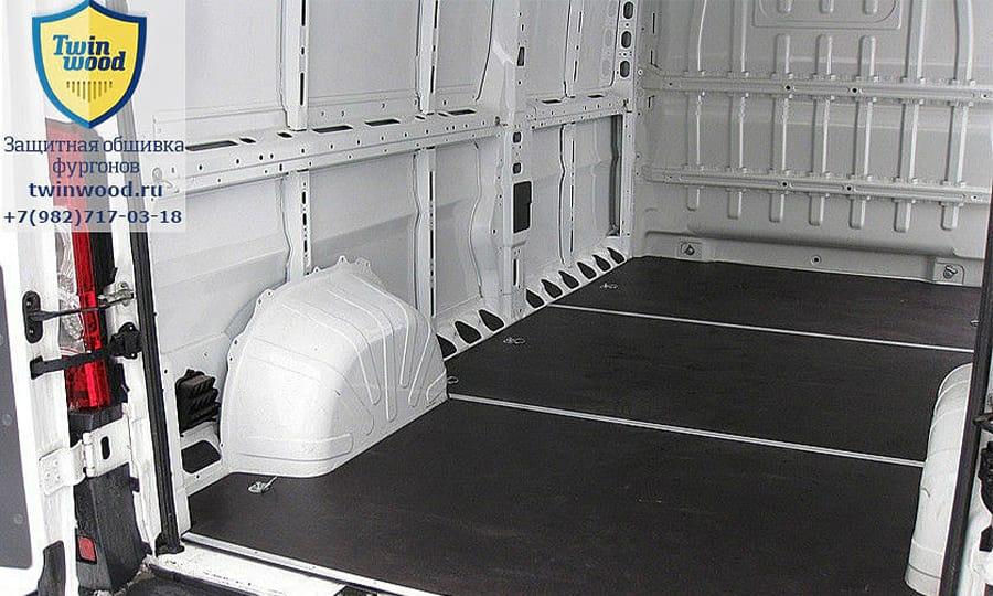 Обшивка фургона Citroen Jumper L3H3: Пол (общий план)