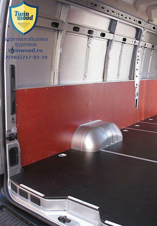 Обшивка фургона Renault Master L4H3: Стена и пол