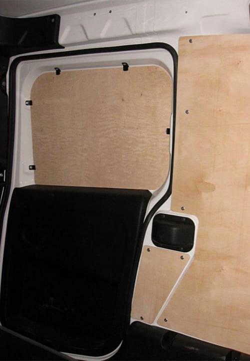 Обшивка фургона Fiat Doblo Cargo L1H1: Стены и боковая дверь