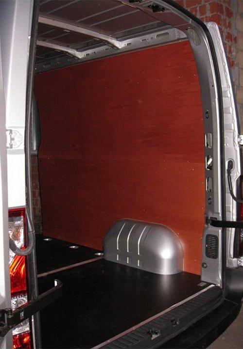 Обшивка фургона Renault Master L3H2: Стены и пол