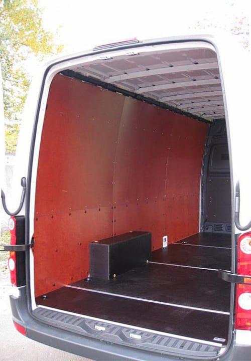 Volkswagen Crafter L3H2: Стены, пол и арки
