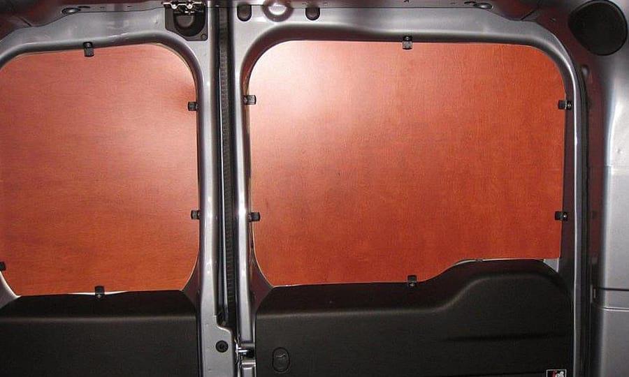 Обшивка фургона Fiat Doblo Cargo L1H1: Задние двери