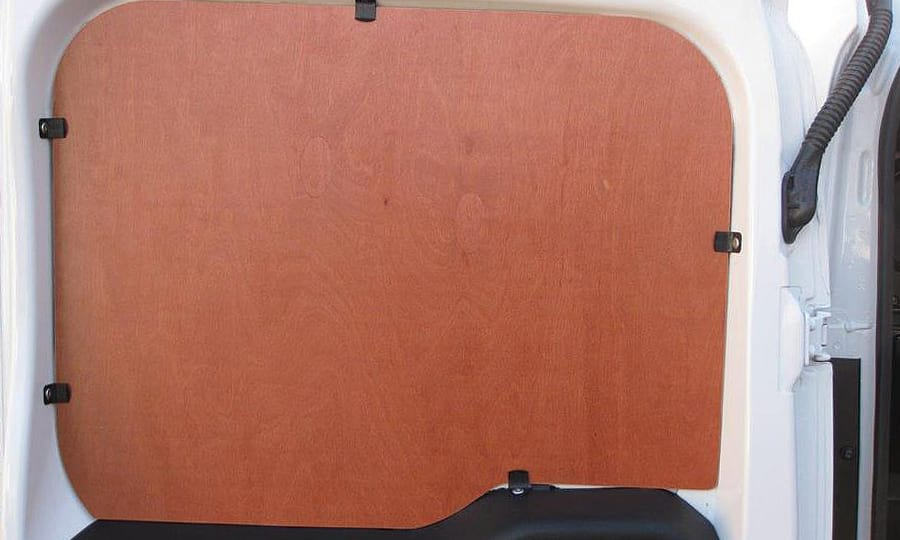 Обшивка фургона Fiat Doblo Cargo L1H1: Задняя левая дверь